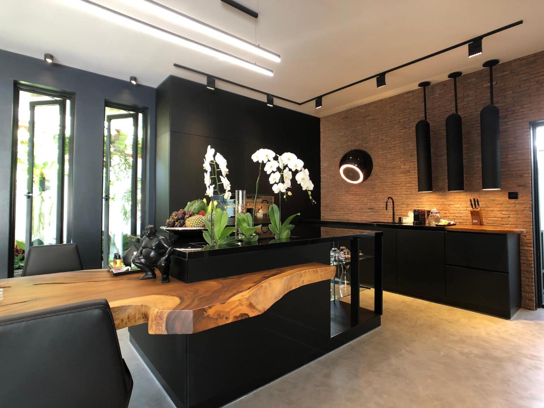 Prato kitchen 1-2.jpg