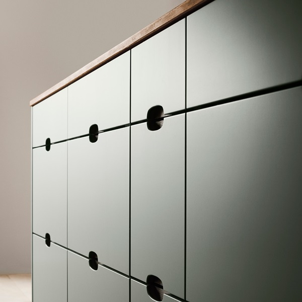 Ombra-green-kitchen-detail-drawers-A1-1220x1220px.jpg