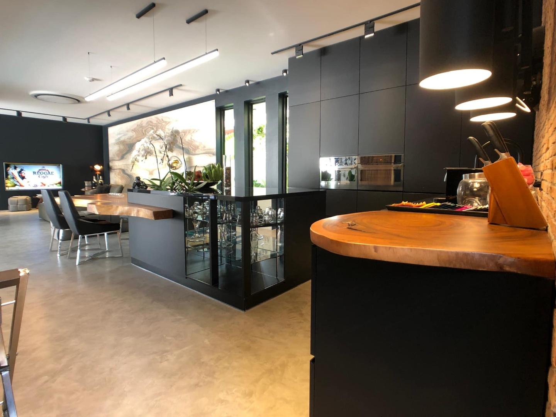 Prato kitchen 1-3.jpg