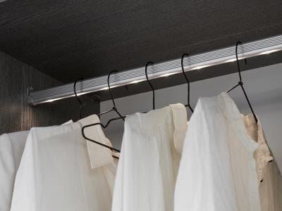 Kvik wardrobe smart 7.jpg