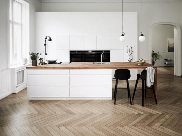 mano kitchen 1.jpg
