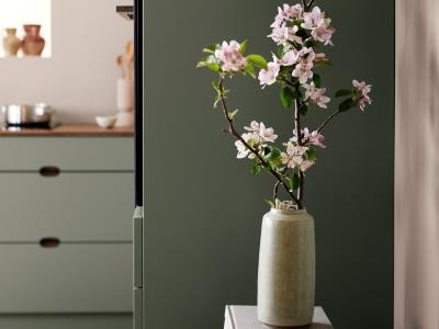 Ombra-green-kitchen-detail-flowers-C1-1334x1000px.jpg