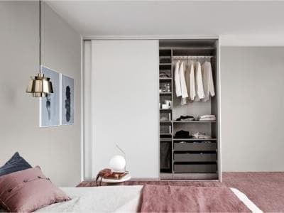 Kvik wardrobe product sliding doors block 4.jpg
