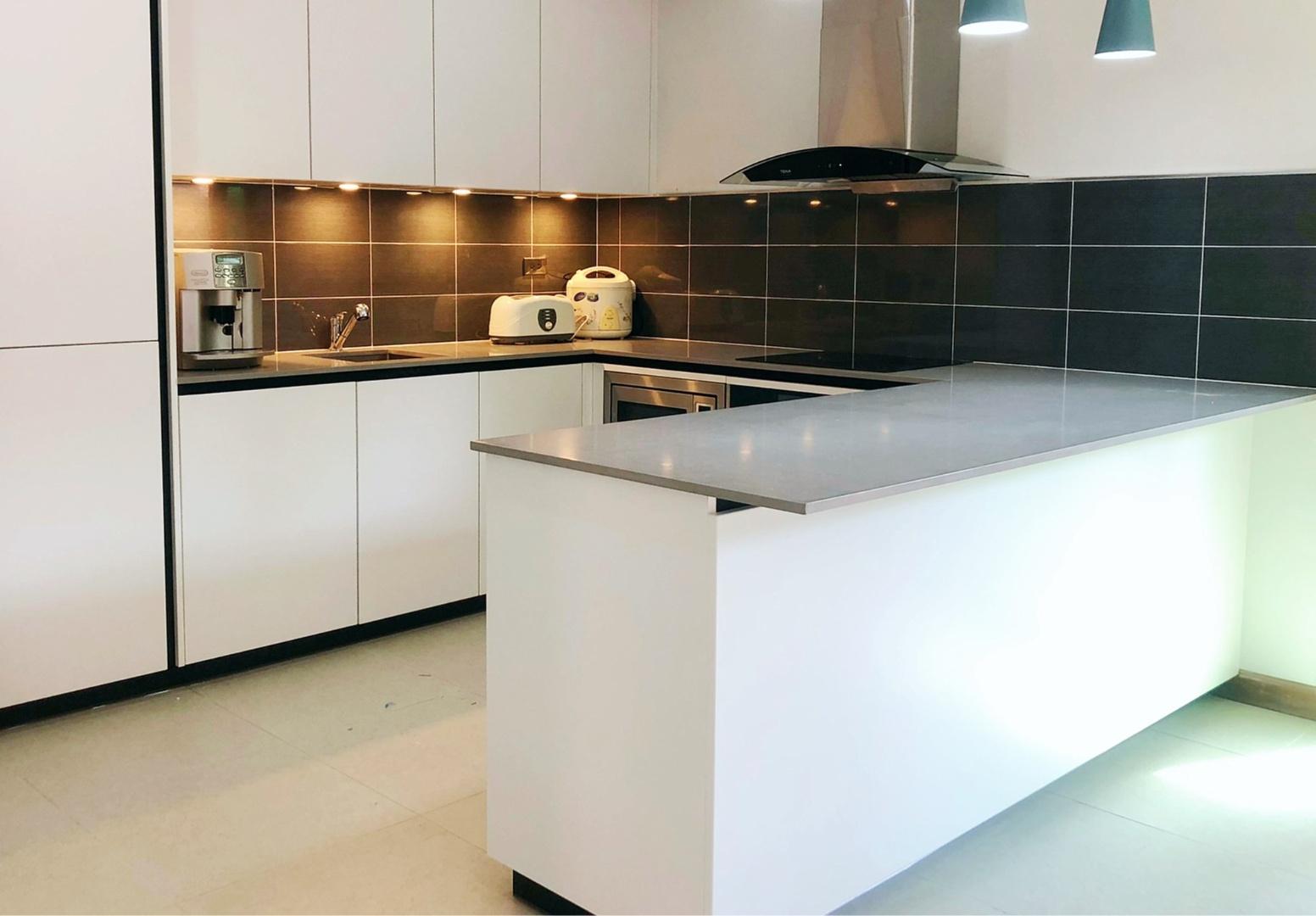 Tinta kitchen 2-3.jpg