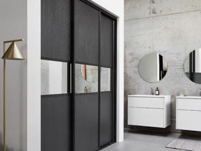 Kvik wardrobe product sliding doors block 3.jpg
