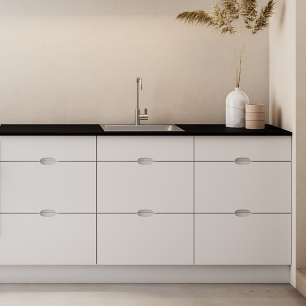 Ombra-white-kitchen-detail-drawers-galley-tile-A1-1220x1220px.jpg