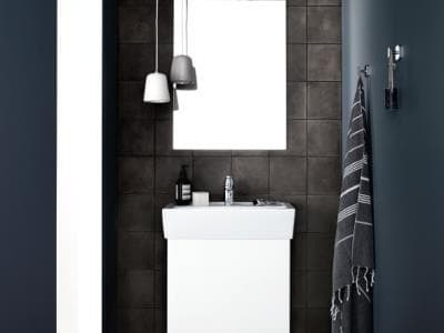 Linea Gloss Bathroom
